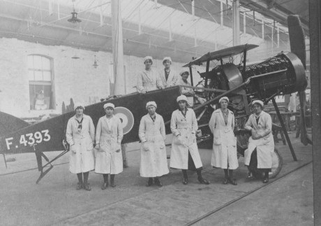 Women working at the Brislington Motor Constructional Works on Kensington Hill (later Bristol Commercial Vehicles) making aircraft during World War 1.