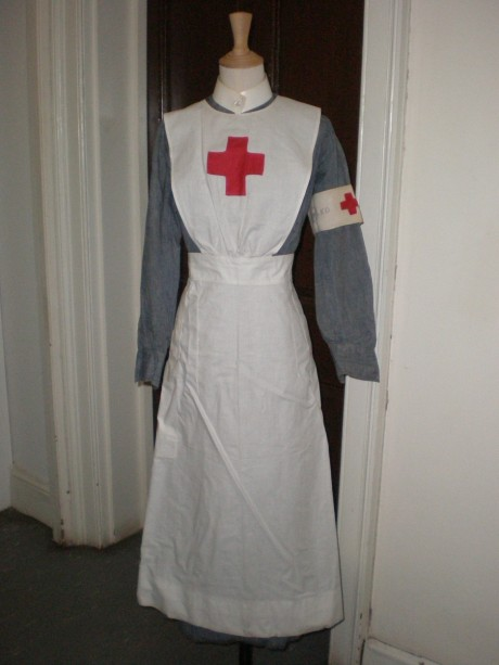 A Voluntary Aid Detachment (VAD) nurse's uniform from the First World War. © Bristol Museum and Art Gallery.